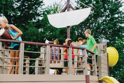 swing kingdom commercial playset playground noahs ark parks, schools, churches, HOA's, boroughs, clubs